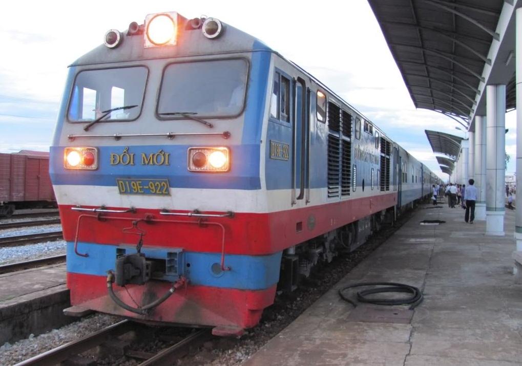 Image-du-train-Hanoi-Hue
