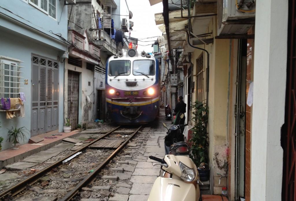 Train Hanoi Hue