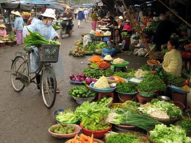 Pierre-Yves-Bertheault-au-marche-vietnam
