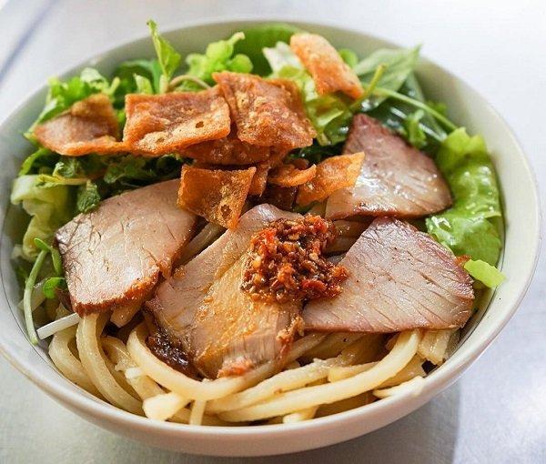 cao lau top 10 plats vietnam