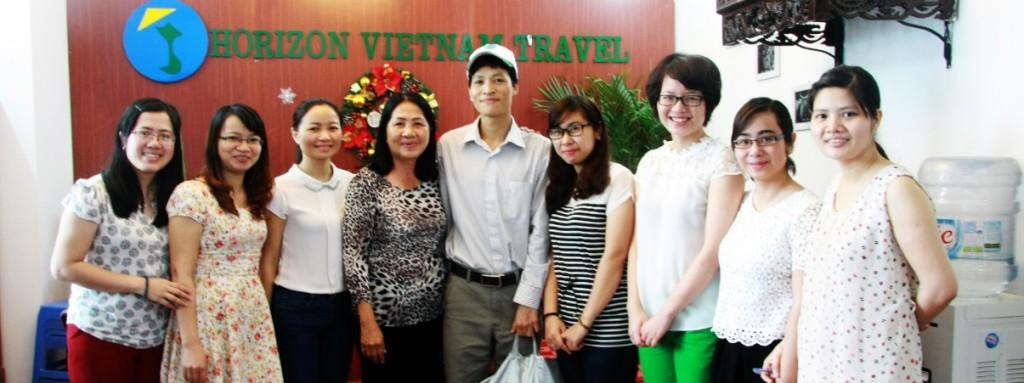 Photo-d-equipe-d-HORIZON-VIETNAM-VOYAGE