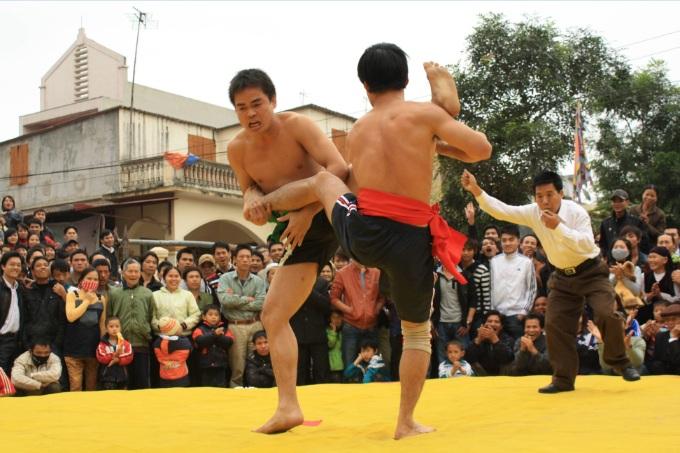 la-lutte-fete-villagoise-vietnam