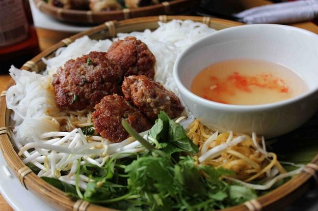 le-bun-cha-top-des-plats-vietnamiens-populaires