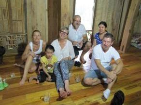 mr-brunn-en-famille-au-vietnam