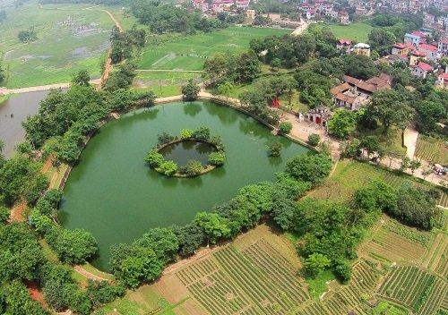 puits mi chau trong thuy citadelle de co loa vietnam