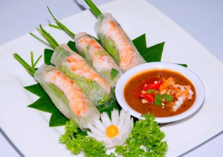 Rouleaux-de-printemps-plats-vietnamiens-populaires-du-sud