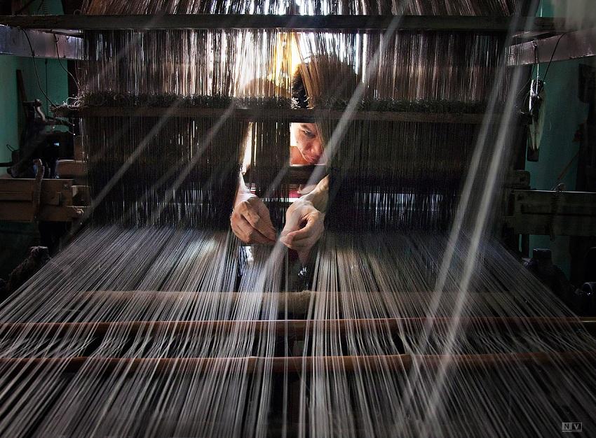 tissage-de-la-soie-vietnamienne-traditionnelle