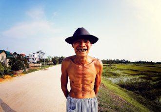 beau-sourire-homme-vietnamien