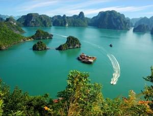 belle-vue-a-la-baie-dhalong-vietnam