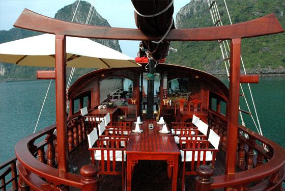 red-dragon-cabine
