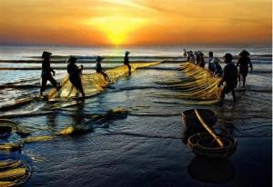 un-jour-de-travail-des-pecheurs-vietnamiens