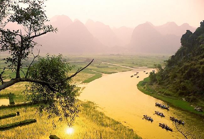 pagode-de-parfum-hanoi-vietnam