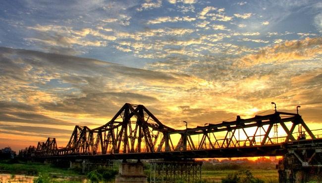 pont-de-paul-doumer-Hanoi-Vietnam