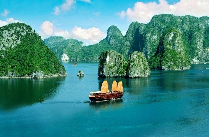baie-de-halong-vietnam