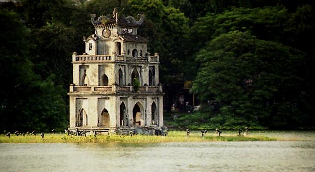 lac-de-hoankiem-hanoi-vietnam