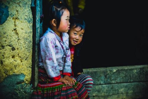 deux-enfants-mongs-du-nord
