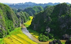 magnifique-photo-baie-halong-terrestre-vietnam