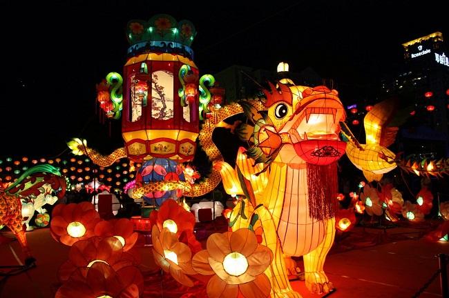 fête-traditionnelle-vietnamienne