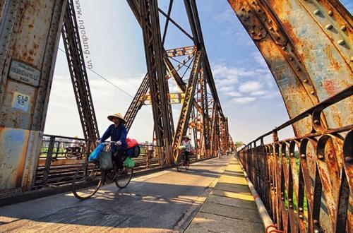 photo-pont-long-bien-vietnam