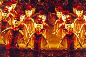 spectacle-des-marionnettes-sur-eau