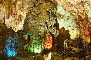 grotte-de-province-de-quang-binh