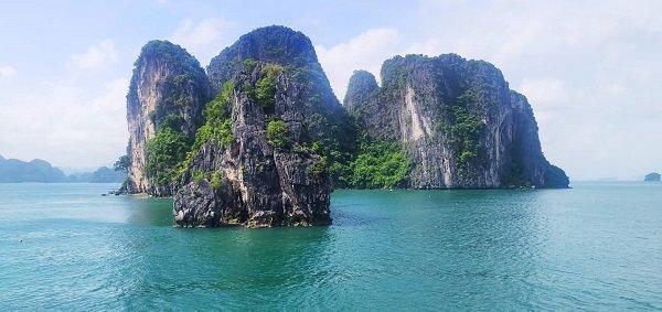 baie-de-bai-tu-long-vietnam