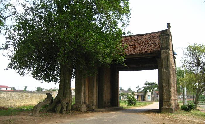 porte entree village vietnam