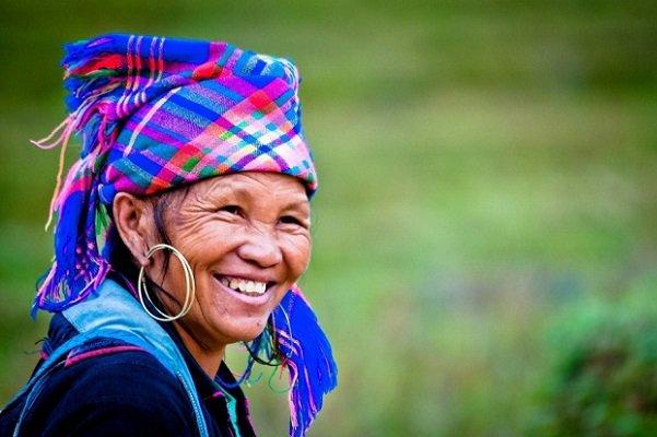 souris-de-femme-vietnamienne-a-sapa