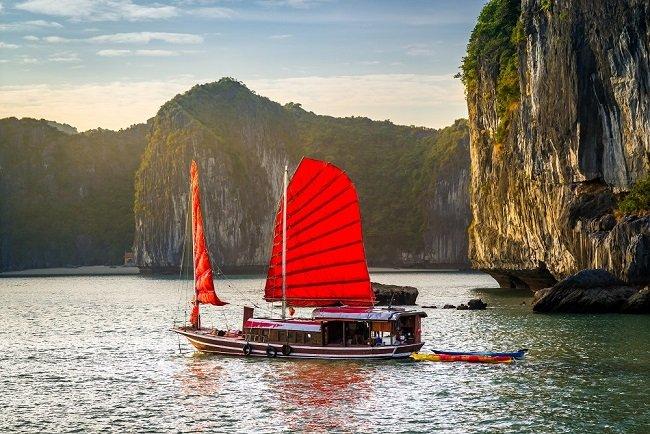 circuit le vietnam dans son ensemble 2 semaines