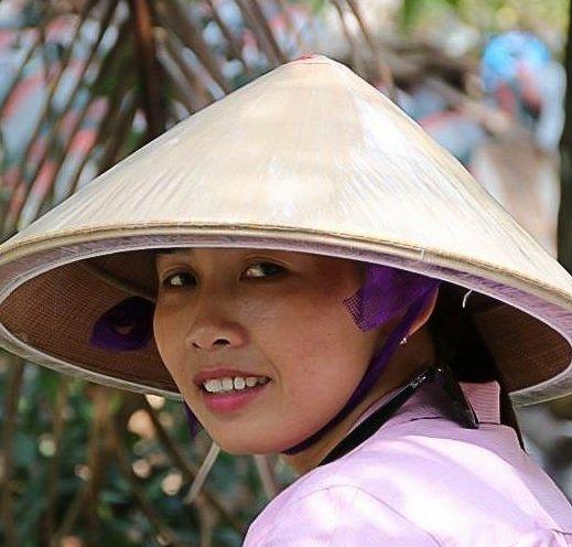 Mme HUONG