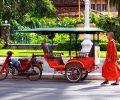 tuktuk-moyen-de-transport-populaire-au-cambodge1-min