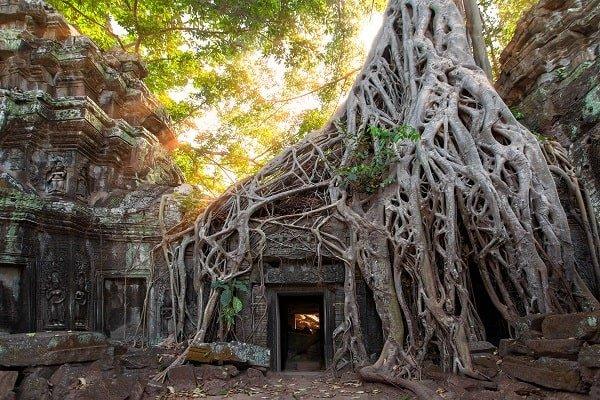 voyage au cambodge belle photo-min